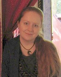 Online spiritual advisor, Psychic Thea